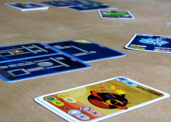 Angry Birds karetní hra - rozehraná hra