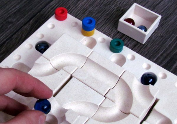 Cuboro Tricky Ways Fasal - rozehraná hra