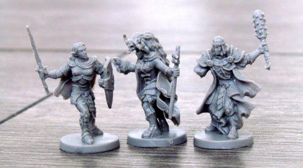 Descent: Výpravy do temnot - figurky