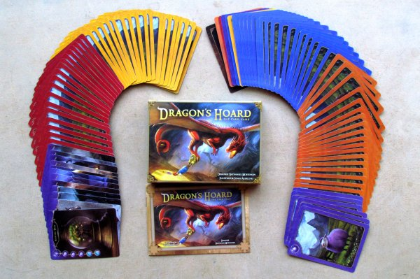 Dragon's Hoard- packaging