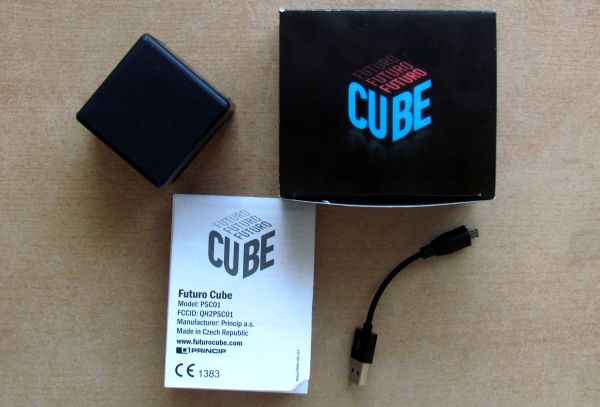 Futuro Cube - packaging