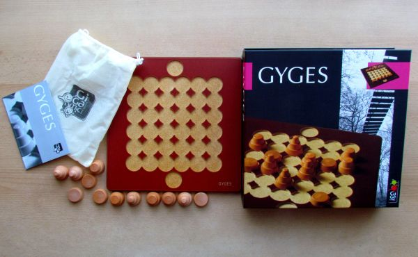 Gyges - packaging