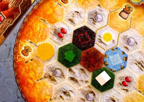 Helios - rozehraná hra