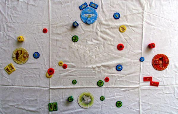 Micro Monsters - rozehraná hra