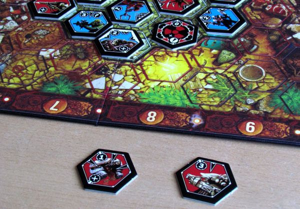 Board game review: Neuroshima Hex