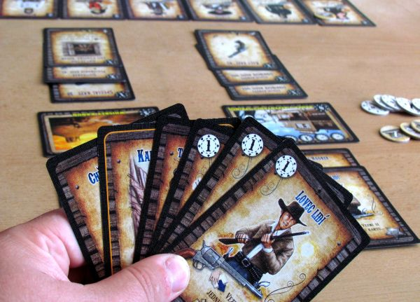 Revolver - rozehraná hra