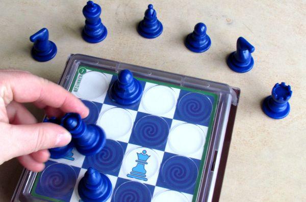 Solitaire Chess - průběh řešení