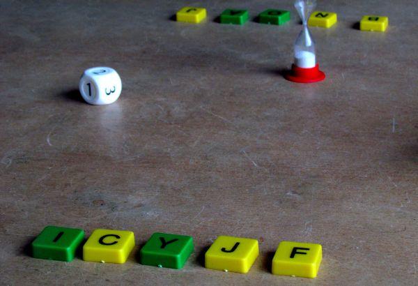 Souhlásky a samohlásky - připravená hra