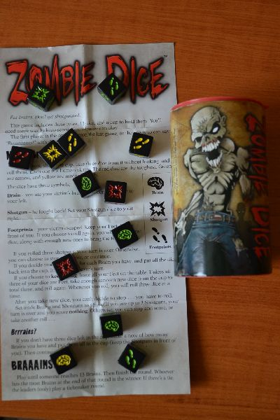 Zombie Dice - packaging