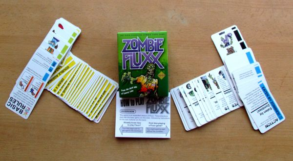 Zombie Fluxx - packaging