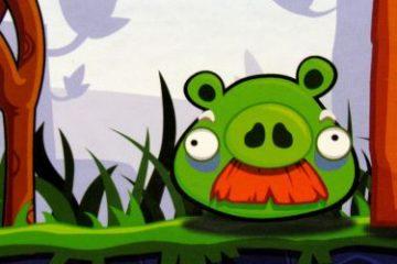 Recenze: Angry Birds - s ptáčky na prasátka aneb slavná hra na stole
