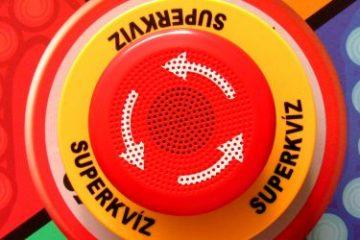 Recenze: Superkvíz - mluvící party hra s bzučákem