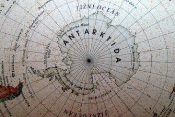 Recenze: Historický kvíz s globusem
