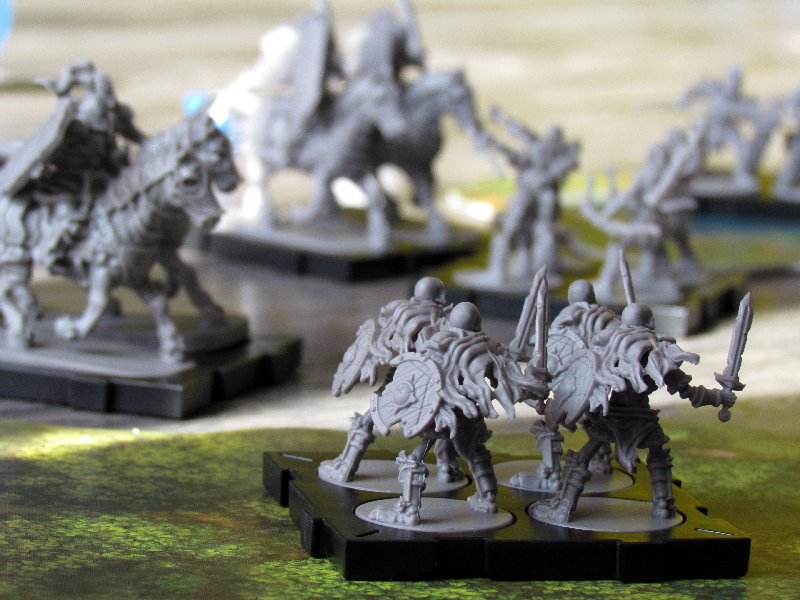 rune-wars-miniatures-game-11