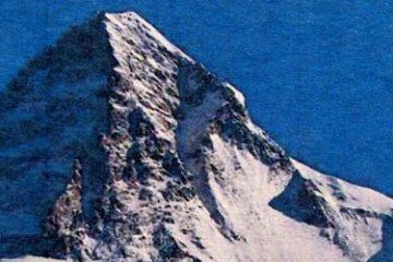 Recenze: Disaster on K2 - sólové dobývání K2